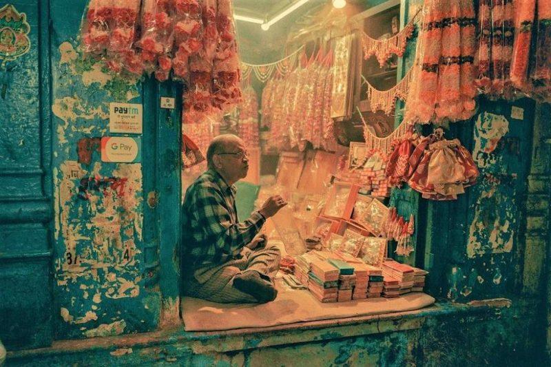 Shopping à Delhi entre boutiques de luxe et echoppes de bazar en Inde du Nord   Au Tigre Vanillé