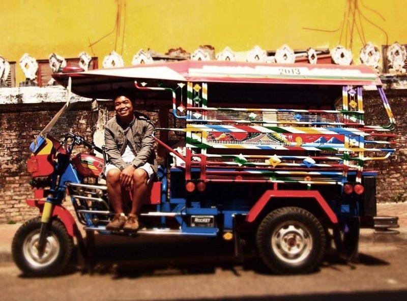 En tuk tuk à Vientiane - Laos | Au Tigre Vanillé