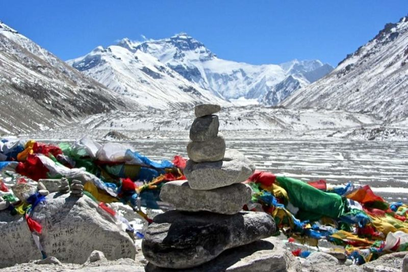 Camp de base de l'Everest au pied de l'Himalaya - Tibet | Au Tigre Vanillé
