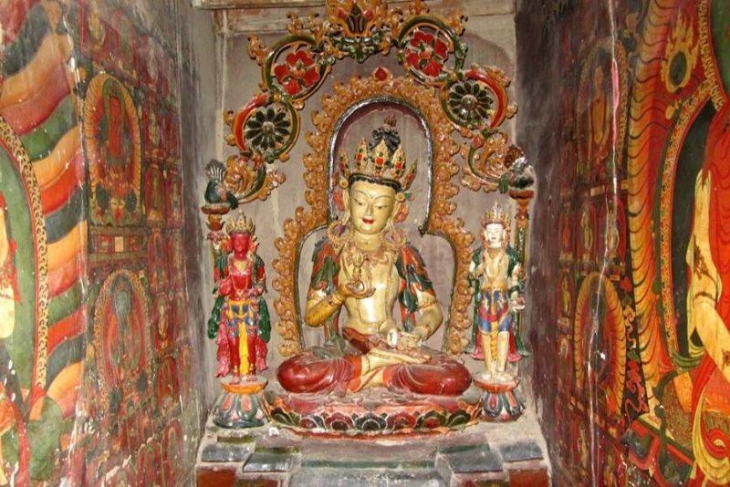 Fresques et sculptures au temple de Guge - Tibet | Au Tigre Vanillé