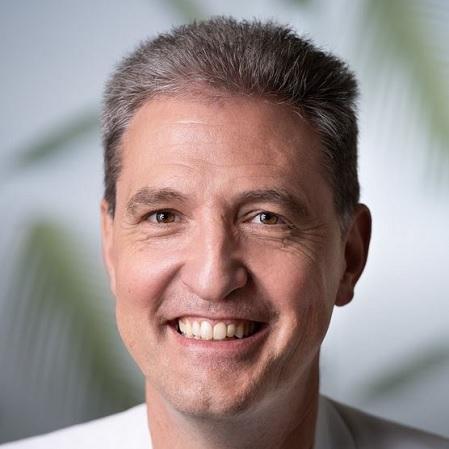 Michel Hoffer, spécialiste Afrique et Régions polaires | Au Tigre Vanillé